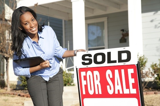 Role of a real estate agent when buying or selling a home